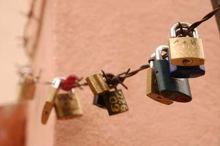 Locks M09 web