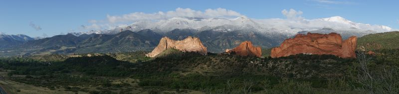 Pikes Peak Panorama M5-12