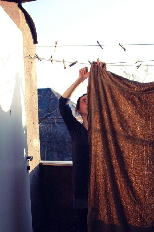Petra hanging washing A (1)